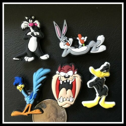 5 Shoe Charms for Crocs LOONEY TUNES Bugs Bunny Daffy Road Runner Tasmanian Dvl