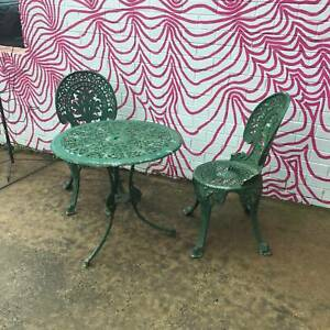 retro/vintage aluminium outdoor setting, small table, WE CAN DELIVER