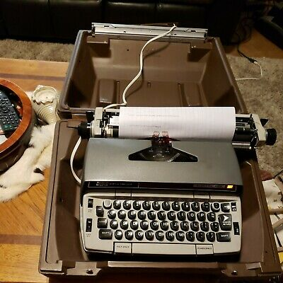 Smith-corona Electra-220 Electric Typewriter With Case Tested Working Read Des