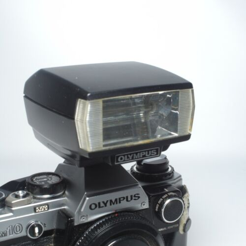 Olympus T-20 Flash for OM-1, OM-2, OM-4, OM-10, with Case and Manual