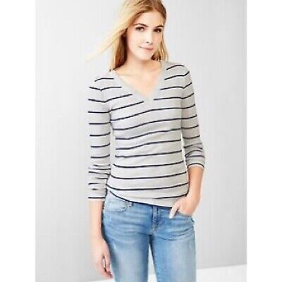 GAP The Bowery V-Neck Long Sleeve Tee Retail: $22.95 (NWT)