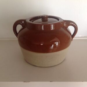 Earthen ware bean pot