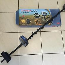 Minelab x-terra 705 dual pack metal detector Mount Low Townsville Surrounds Preview