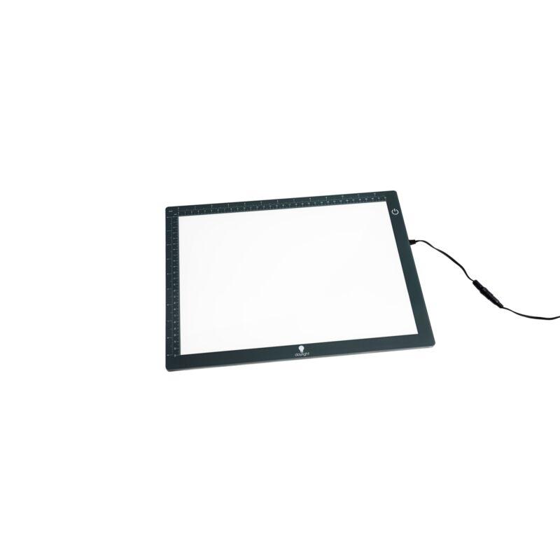 Daylight Wafer 1 Lightbox