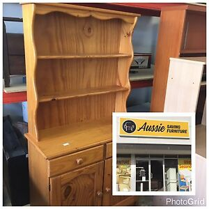 GORGEOUS COUNTRY KITCHEN PINE HUTCH, EXCELLENT CONDITION!! Bentley Canning Area Preview