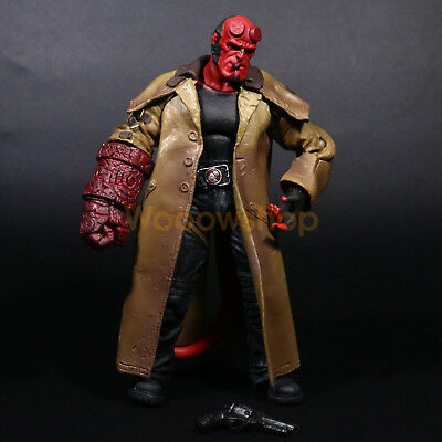 "Hellboy Mezco HB 7"" Action Figure Smoking Ver. Series 2 Collection 1:12 Doll"