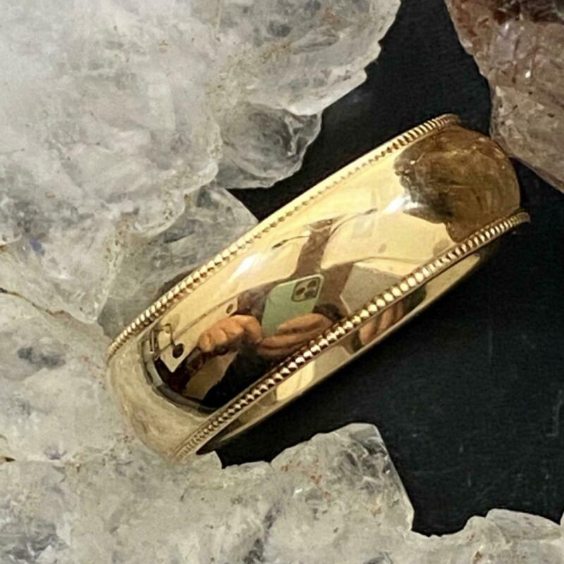 Vintage 14K Yellow Gold Texture on Edges Wedding Band Ring Size 5 For Women