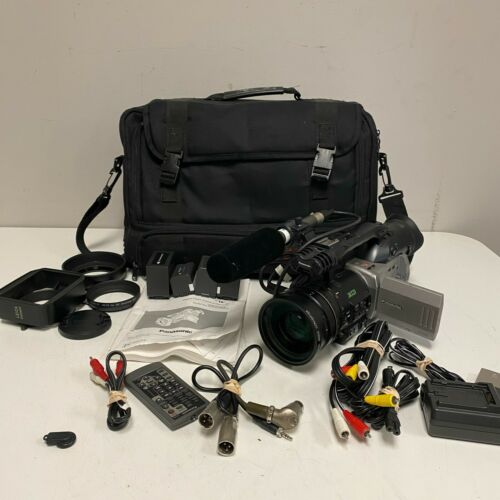 Panasonic AG-DVX100P Mini DV Camcorder Tested and working w/ Carrying Bag