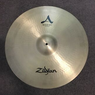 "Zildjian A medium 22"" ride -near new- $350 (RRP$590)"