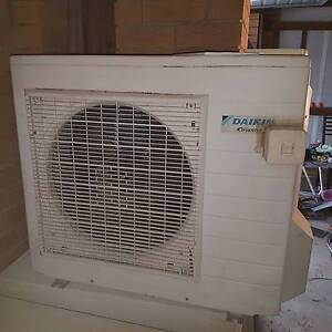 5.2kw Reverse Cycle Air Conditioning Victoria Point Redland Area Preview