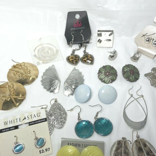 Lot of 20 Pair Fashion Earrings Pierced Mixed Kim Rogers Paparazzi CZ White Stag
