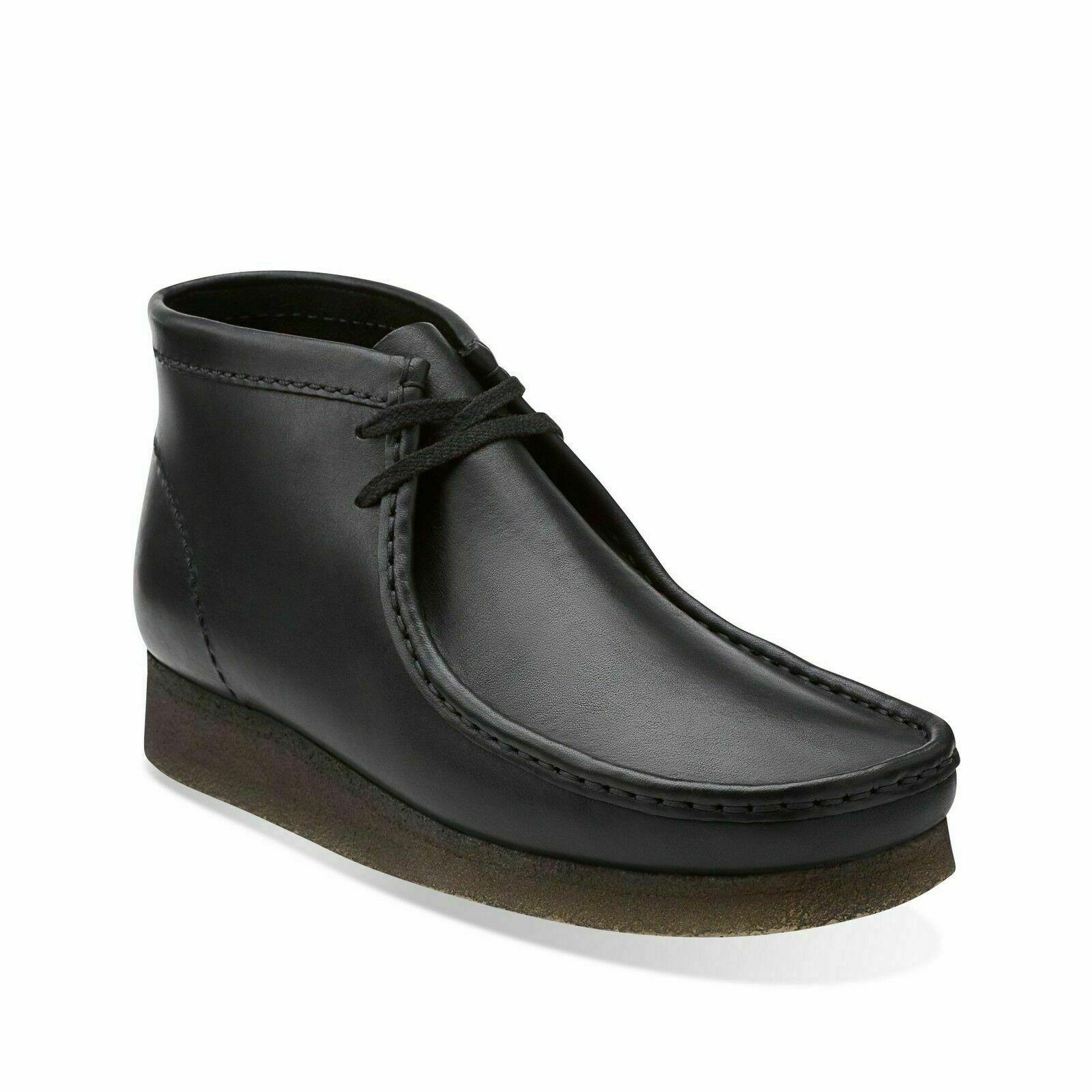 Clarks Originals Men's Wallabee Boot Black Leather 26103666