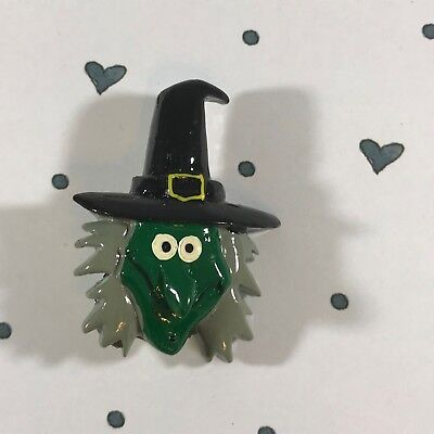 GREEN Witch Face Hat Scary Halloween Painted Plastic Lucite PIN BROOCH - Female Halloween Face Painting