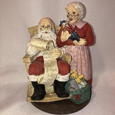 Naughty Mrs Claus (Jaimy Santa & Mrs. Claus Christmas Statue Naughty and Nice List 5 1/2