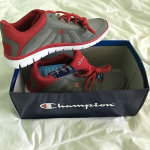 """""""CHAMPION"""" SNEAKERS SIZE 11"""