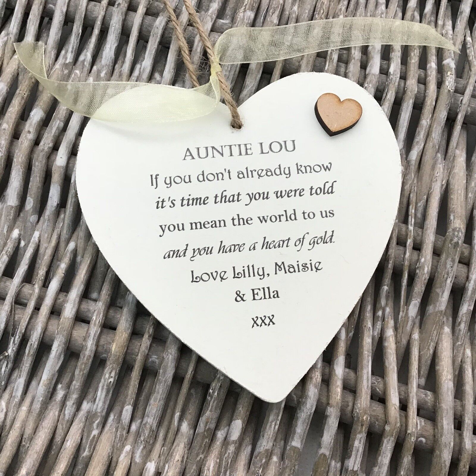 Shabby personalised Gift Chic Heart Plaque Special Auntie Aunty Great Aunt Gift - 253984621384