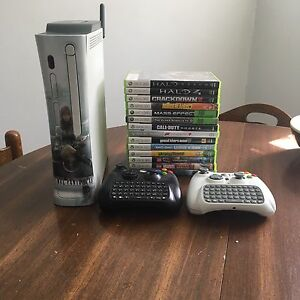 Xbox 360 120GB + Games and Controllers
