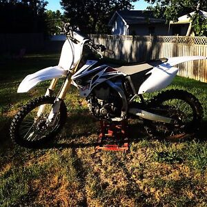 2009 yz450f special edition!!! Trade for truck!