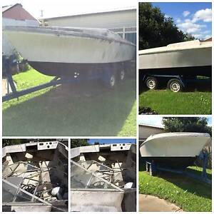 **Free** URGENT - 15' Savage Boat – (No Engine) Greenacre Bankstown Area Preview