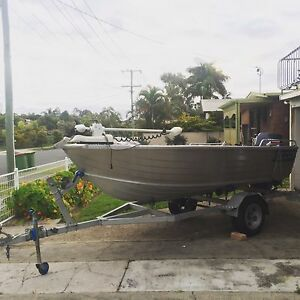 98' Quintrex dory 4.2  Yamaha 30hp 3 cylinder 2 stroke Burleigh Heads Gold Coast South Preview