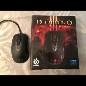 SELLING GREAT CONDITION SPECIAL EDITION DIABLO MOUSE