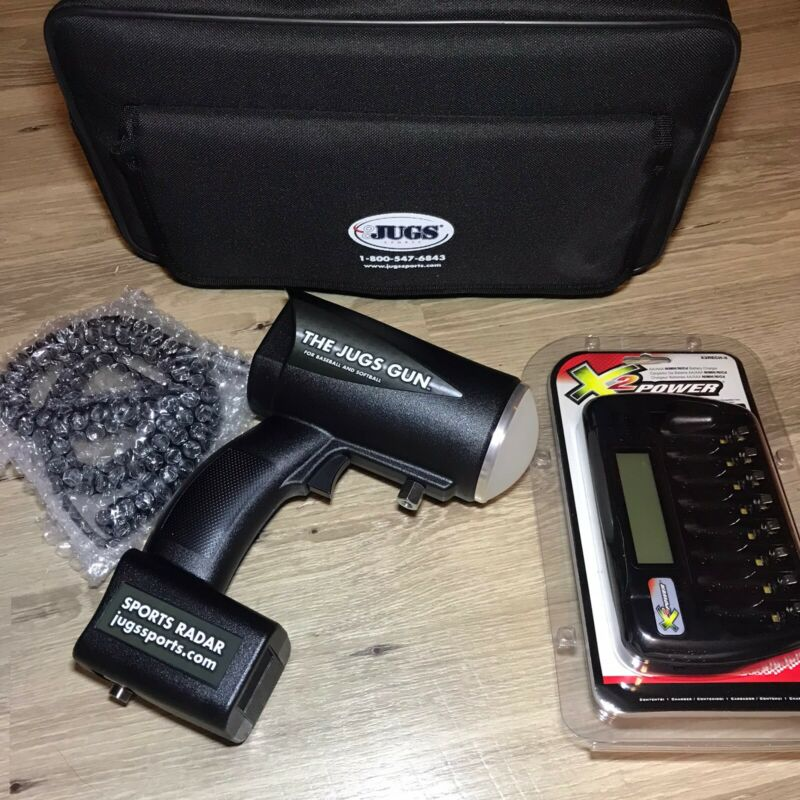 The Jugs Gun Professional Sport Radar Gun R2050 bag charger manual batteries