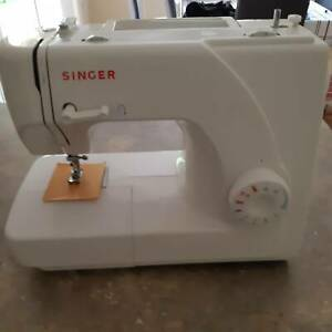 Singer Sewing Machine 1507 - as New