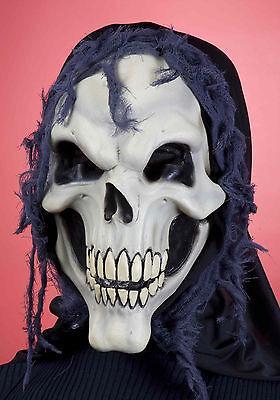 SKULLY THE SKULL ADULT HOODED SKULL MASK HALLOWEEN SKELETON MASK FUN TO WEAR (Skully Halloween)