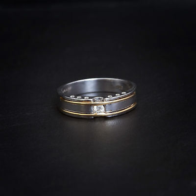 Classy 0.20 Cts F/VS1 GIA Certified Diamond Men's Wedding Band Ring In 18K Gold