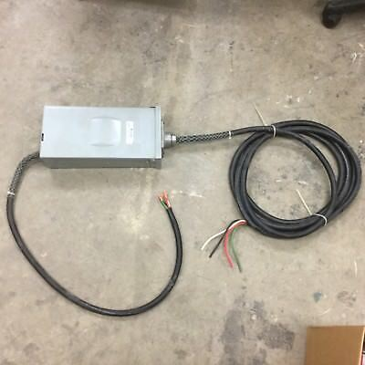 Challenger S3-100rn Panel Enclosure W Breaker 3ph 30 Amp Incl. 10-4 Cord Wire