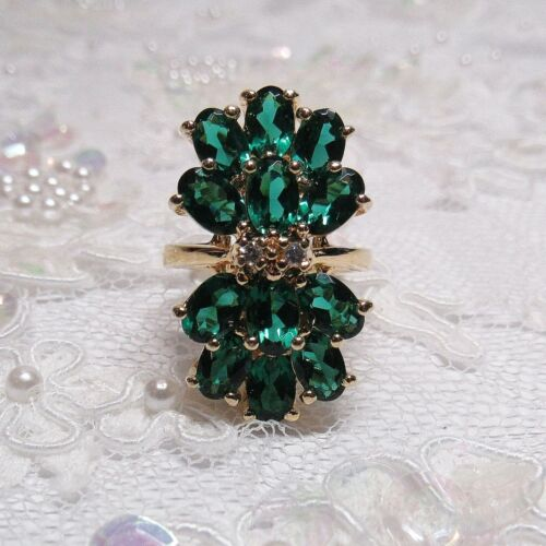 VTG   HSN Gold Technibond Sterling Silver 10 CARAT Simulated Emerald Size 6 Ring