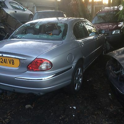 JAGUAR X TYPE ALL WHEEL DRIVE  BREAKING FOR SPARES  PARTS WING MIRROR