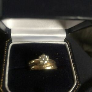 14 kt ENGAGEMENT RING!!!