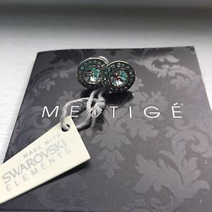 Beautiful earrings with Swarovski crystals