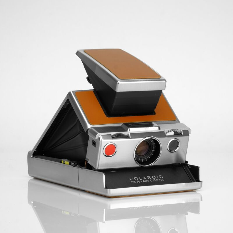 Refurbished Polaroid SX-70 Camera - Original