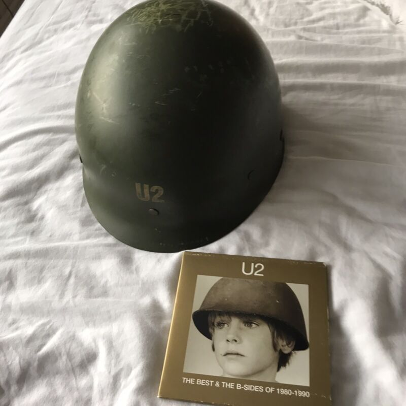 U2 THE BEST OF 1980 - 1990 PROMO HELMET 150 ONLY & DOUBLE CD PROMO VERY RARE