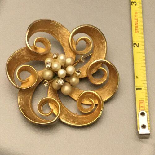 Vintage Estate Goldtone & Faux Pearl & Rhinestones Ribbon Flower Brooch