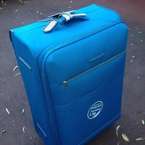 Large Spinner  Suitcase Blackburn Whitehorse Area Preview