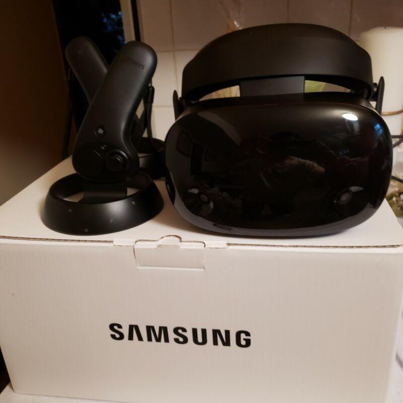 Samsung Odyssey Plus VR Headset With Original Box