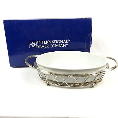 International Silver Co New In Box. Silver Plated Wire Bread Or Fruit Basket 10 Inches In Diameter  And 3 Inches Tall