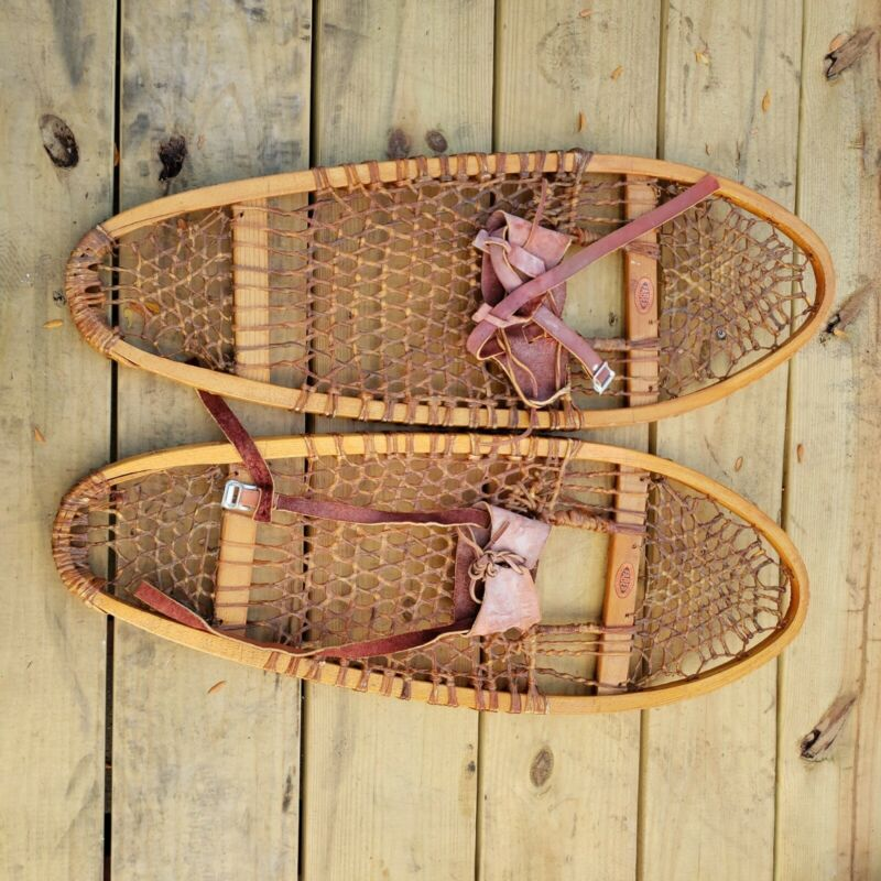 VINTAGE GREAT SNOWSHOES 30 by 11 FABER READY TO USE