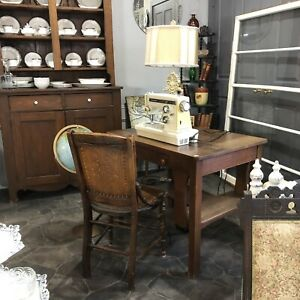 Antique mission oak desk $100/9 drawer dresser $80