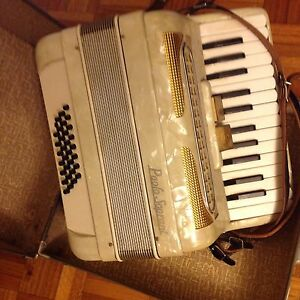 Vintage Accordion PAOLO SOPRANI made in Italy. Caulfield Glen Eira Area Preview