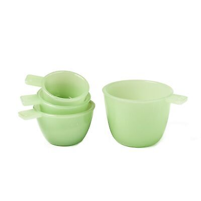 Set of 4 Jade Green Glass Measuring Cups - Vintage Country Kitchen Accents Jade Glass Circle