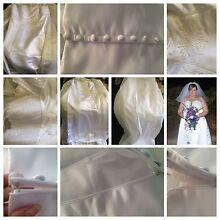Plus size wedding dress Owen Wakefield Area Preview