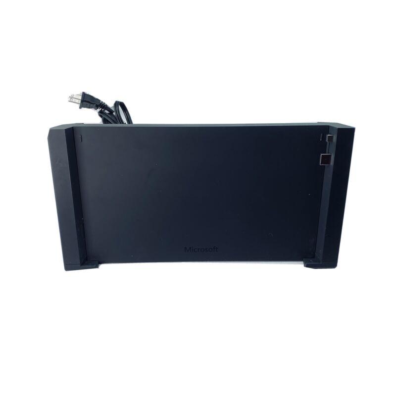 Microsoft Surface 3 Docking Station. Model 1672 EUC
