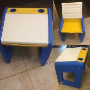 Kids table/desk
