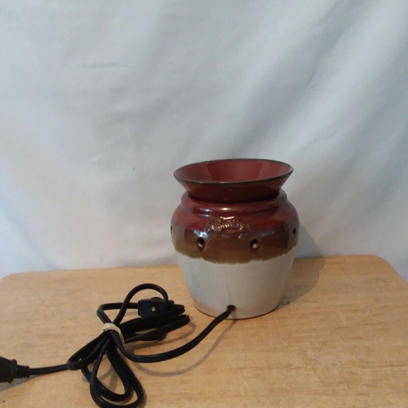 Scentsy Earth Tone Brown Candle Wax Warmer Model DSW-DELT   B5