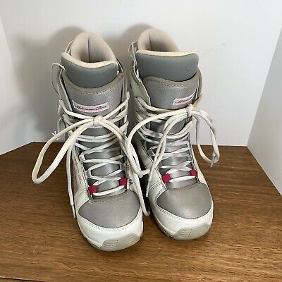 Millennium Three Snowboarding Boots Women's Size 7 US, UK 6, EU 37 White Gray