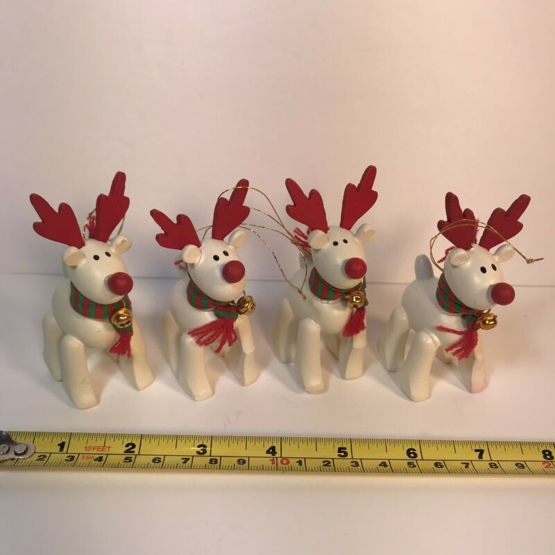"Vintage 1987 Avon ""Belvedeer"" Wooden Christmas Ornament lot of 4"